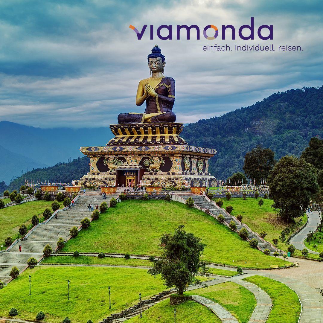Die Naturbelassene Gebirgige Region Sikkim Schmiegt Sich Malerisch Zwischen Nepal Bhutan Und China Gestalten Sie J Tolle Reiseziele Rundreise Pauschalreisen
