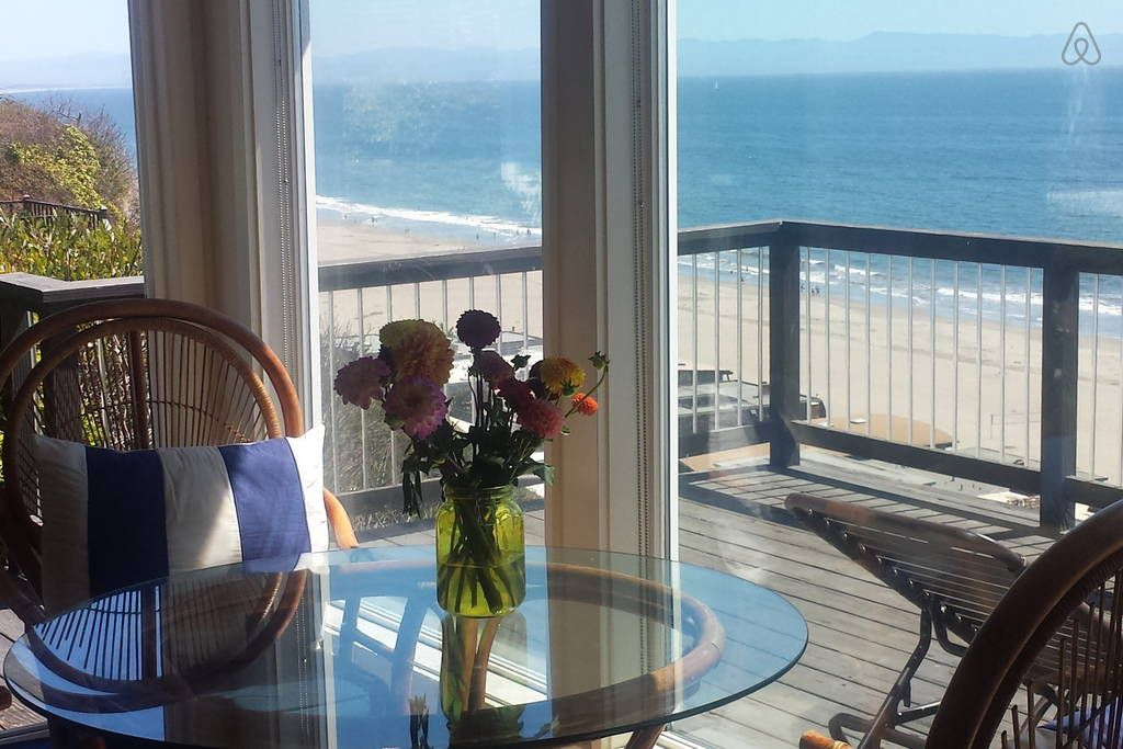 Beach Cottage Getaway Houses for Rent in Aptos Beach