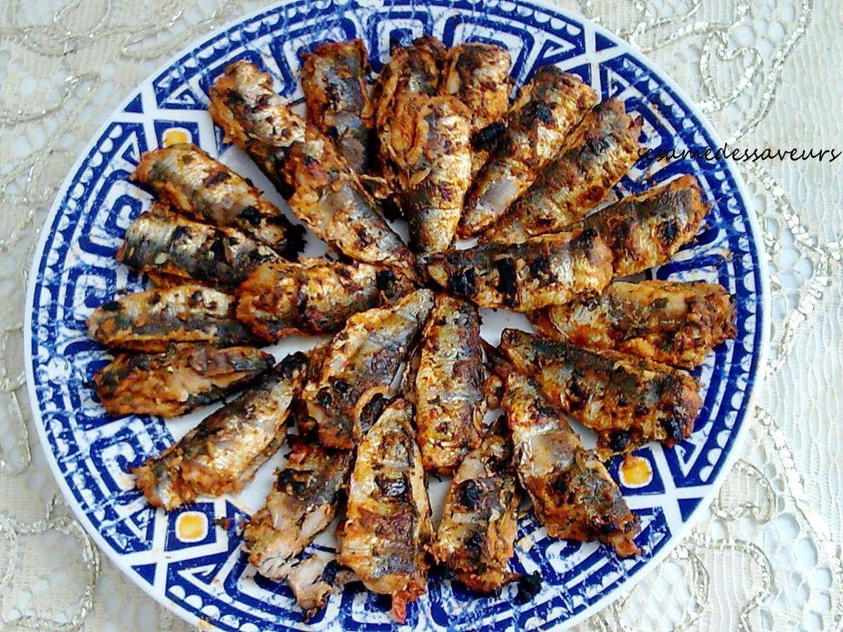 la sardine est un poisson gras tr s populaire au maroc recouverte de charmoula ou marinade. Black Bedroom Furniture Sets. Home Design Ideas