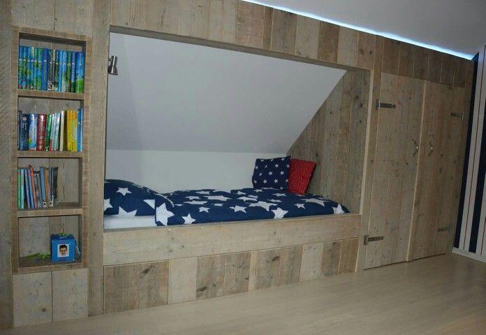 Bekend Stoere jongens slaapkamer gemaakt van steigerhout. Bedstee &GQ19