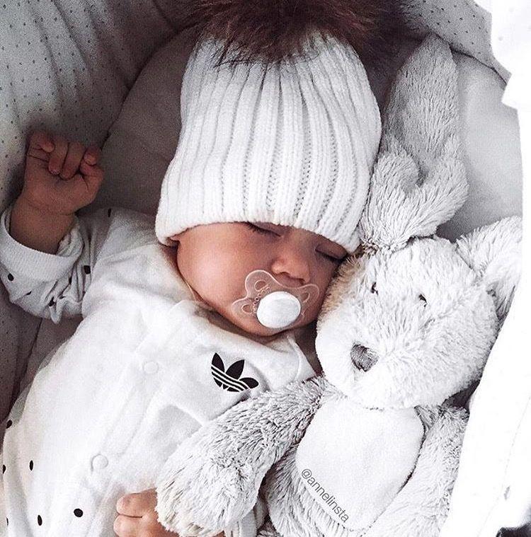 Antecedente omitir nitrógeno  Baby girl adidas | Ropa para bebe varones, Baby boy y Moda de bebés niña