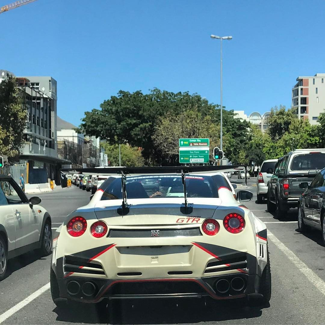 One Angry Looking Gt R Spotted By Nick Demetriou1 In Cape Town Recently Exoticspotsa Zero2turbo Southafrica Nissan Gtr Nissan Gtr Gtr R34 Gtr