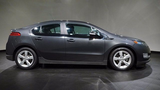 2014 Chevrolet Volt Full With Images Chevrolet Volt Car