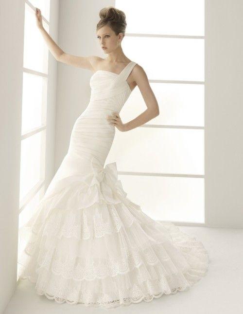 hay trajes de novia que invitan a casarse…incluso por segunda vez ...