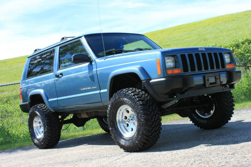 "Jeep : Cherokee Clean 2 Door Blue Lifted XJ NEW 33"" Tires ..."