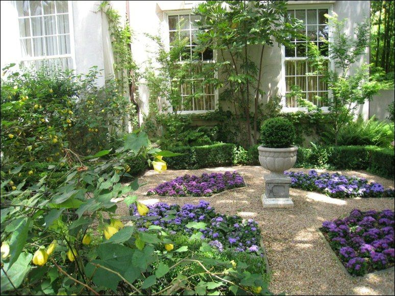 Yard And Garden Ideas | Garden Urns Or Other Large Garden Planters Make  Excellent Center .