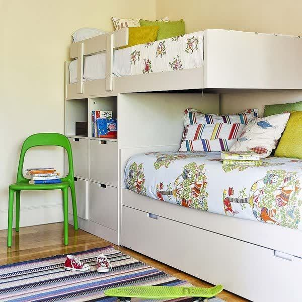 Bedroom Reading Chairs Bedroom Cupboards Brisbane Bedroom Curtains Images Loft Bed Bedroom Ideas: Una Habitación Para Dos Hermanos Con Mucha Luminosidad