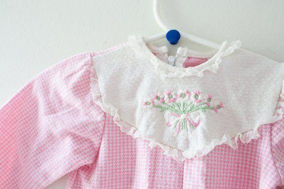 ec49e0115fab Vintage Baby Onesie Pajamas PJs Vintage Pink Pajamas Size 6 Months ...