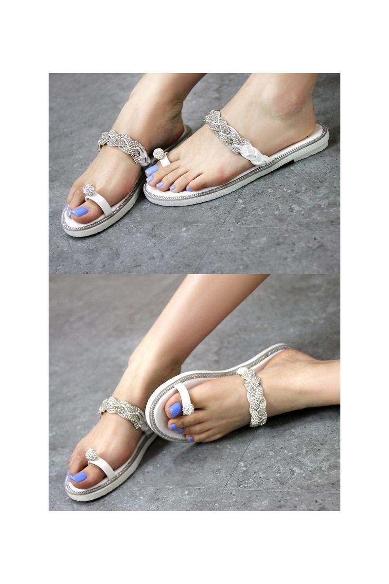 6191749fccf991 Braided jewel cubic decoration on sandals