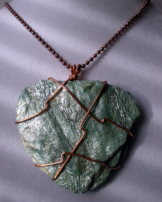i am really into those stone pendants
