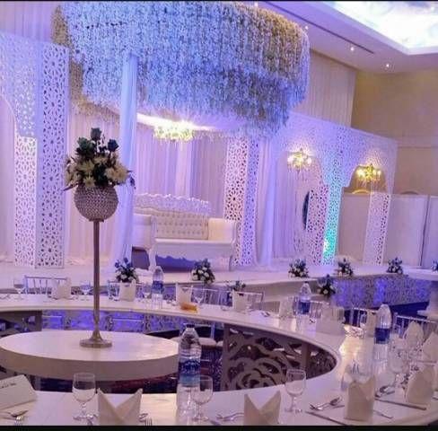 تصاميم وصور كوشات 2021 للأعراس والحفلات من إنستغرام واخر موضات الكوشات الصفحة العربية Ceiling Lights Light Chandelier