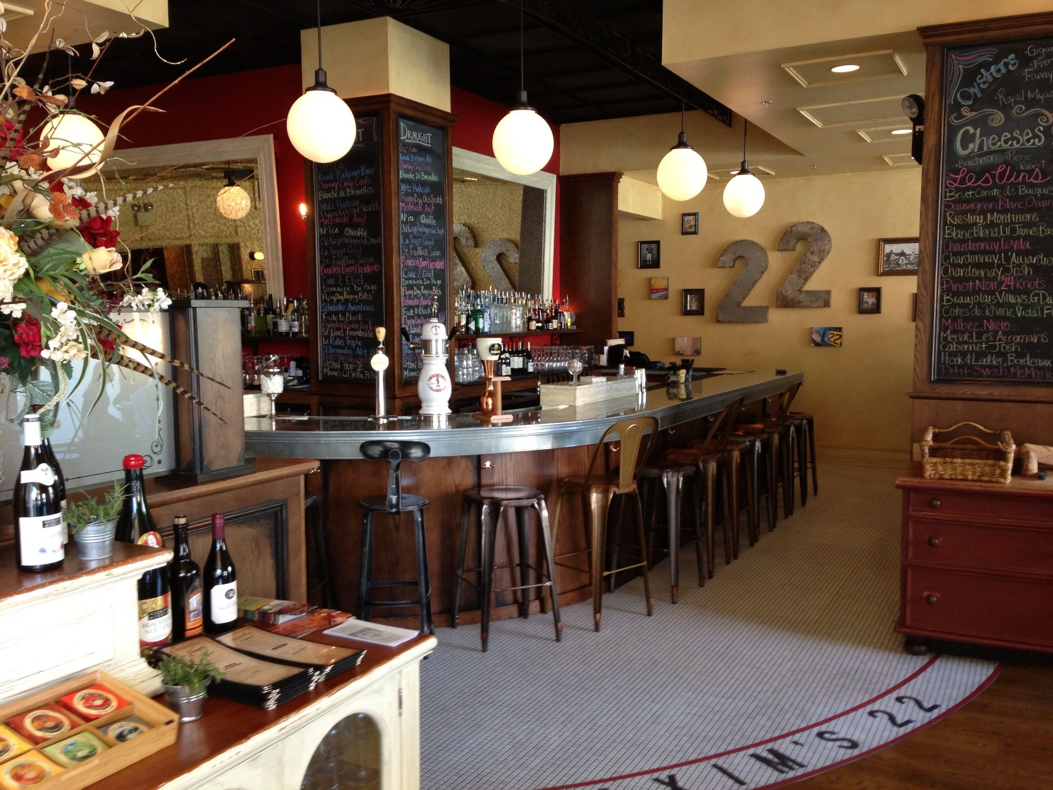 Maxim S 22 Easton Pa French Bistro Cafe In Downtown Great For Sunday Brunch
