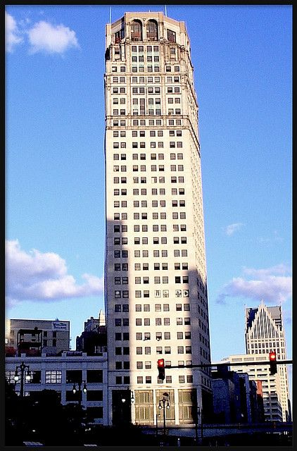 David Broderick Tower Formerly Eaton Tower Detroit Mi Detroit Tower Historic Homes