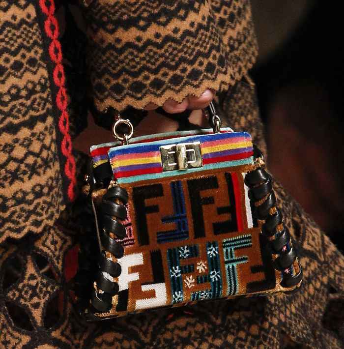 Fendi-Fall-Winter-2017-Runway-Bag-Collection-14   stationery formats 6fd79f2917