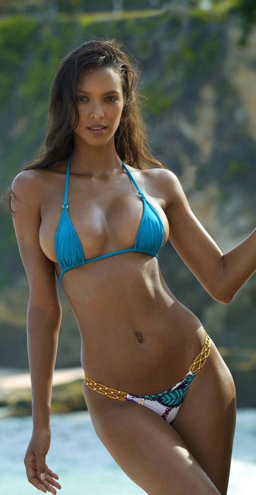 bb481e70416c Pin de martiniano en tias buenas   Chicas en bikini, Chicas hermosas ...