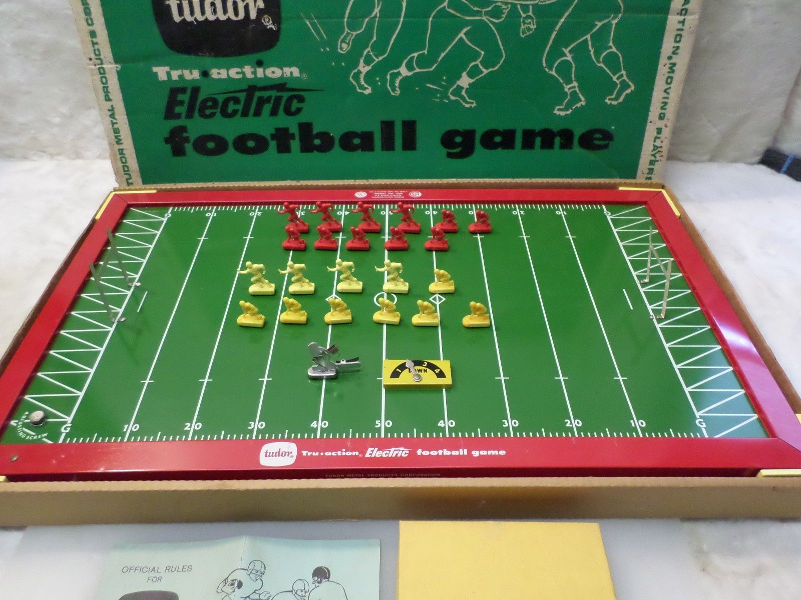1950s tudor tru action metal electric football game w
