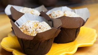 Pumpkin muffins Crunchy on top and soft inside, full of flavours this muffins are worth the effort. Make your house smell like holidays and bake a batch :)