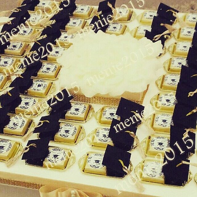 توزيعات تخرج شوكلت قبعه تخرج ثيم حسب الطلب توزيعات زواج توزيعات تخرج توزيعات اطفال Eid Crafts Graduation Center Pieces Graduation Favors