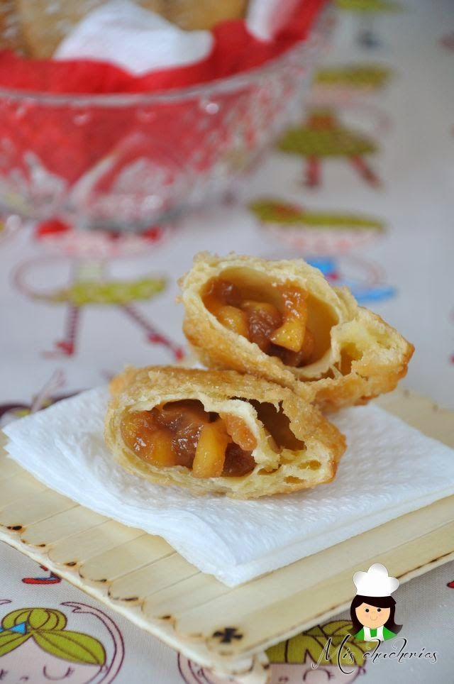 Hoy les traigo una receta fácil, barata y deliciosa, unas empanaditas rellenas con manzana con las que se chuparán los dedos, estoy seg...