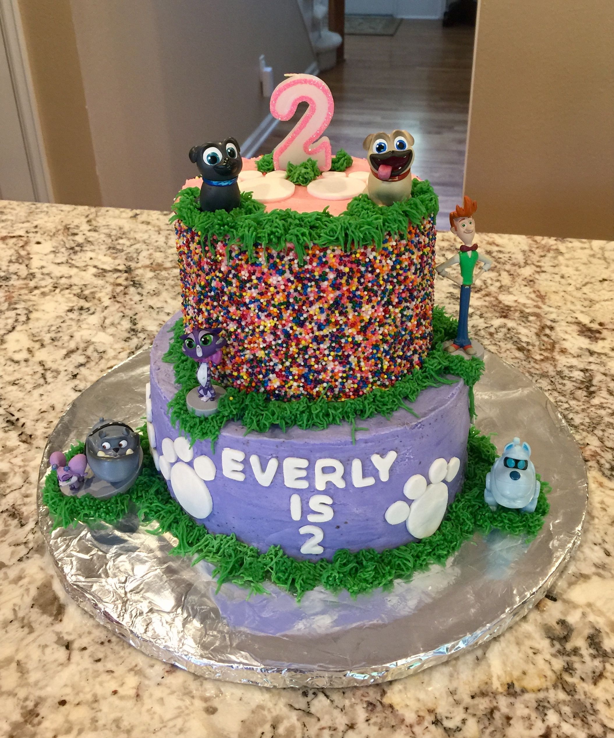 Feminie version of puppy dog pals cake with images