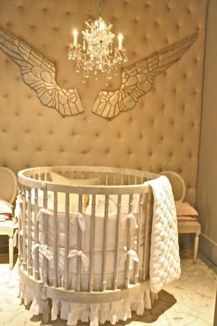 Restoration Hardware round crib... where all this baby fever ...