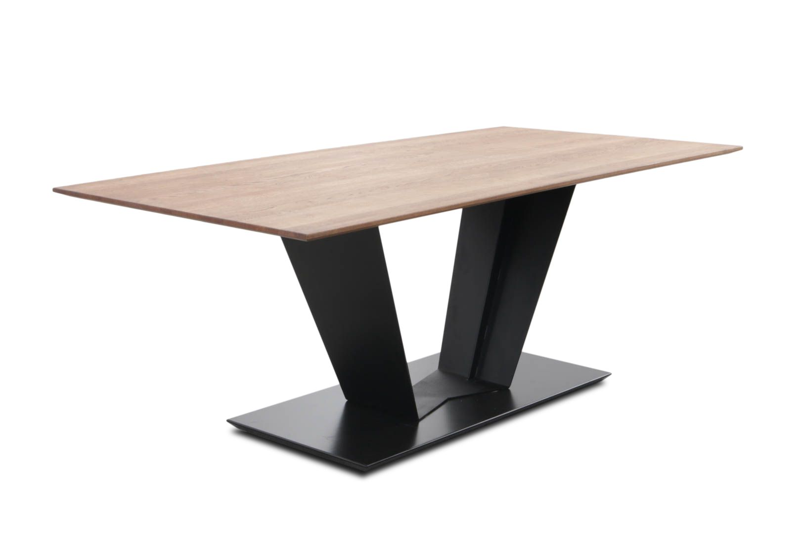 5254 Tisch Genießen Sie Ihr nächstes Dinner an diesem traumhaft schönen Tisch. Das eher außergewöhnliche Design wird vom Materialmix aus Massivholz und Metall unterstrichen und macht den Tisch zum Highlight. SiLaxx® ist...