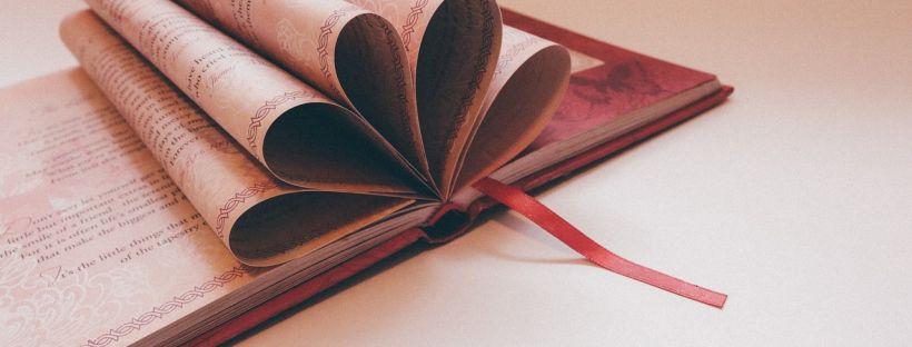 #Letteratura: di cosa stiamo parlando? (immagine via Pixabay)