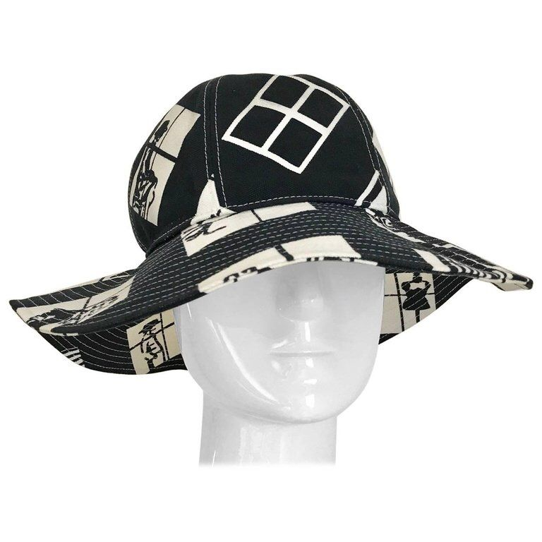 Vintage CHANEL Black and White COCO print Cotton Hat  e90bb636730