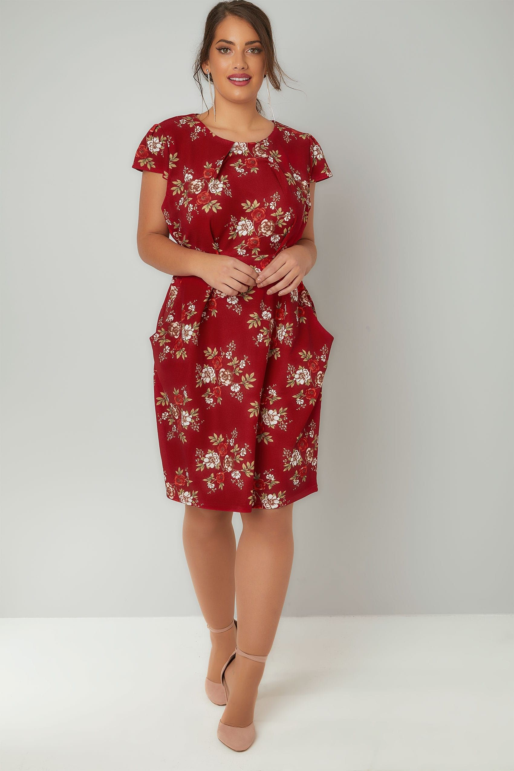 BLUE VANILLA CURVE Red Floral Print Shift Dress With
