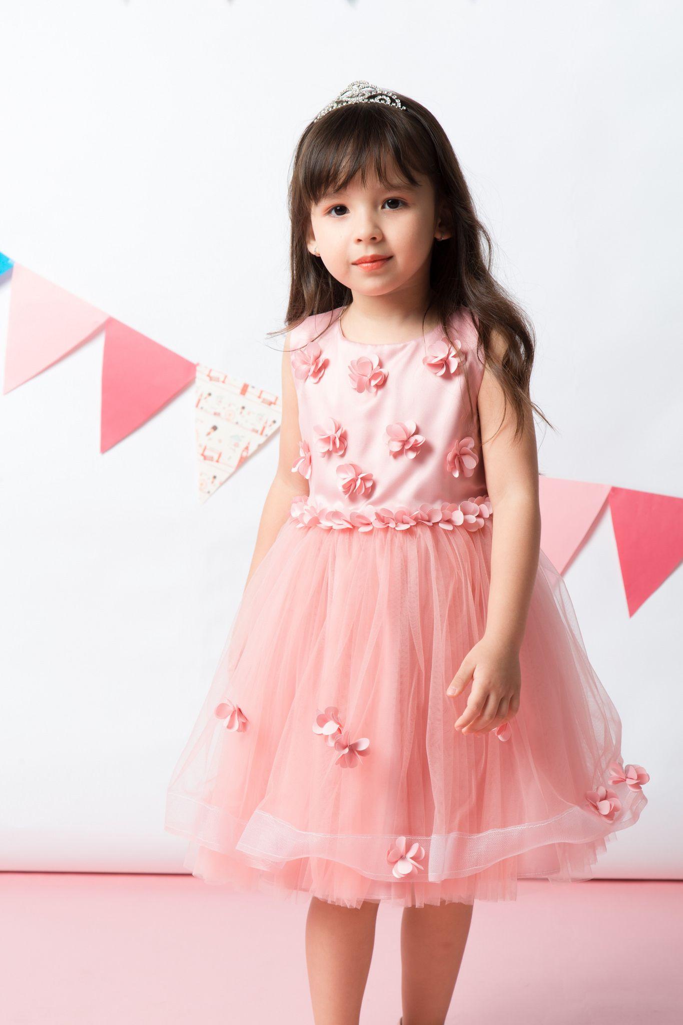 8f868d375a2d TUTUPETTI là thương hiệu thời trang thiết kế đầm cho bé gái. Các sản phẩm