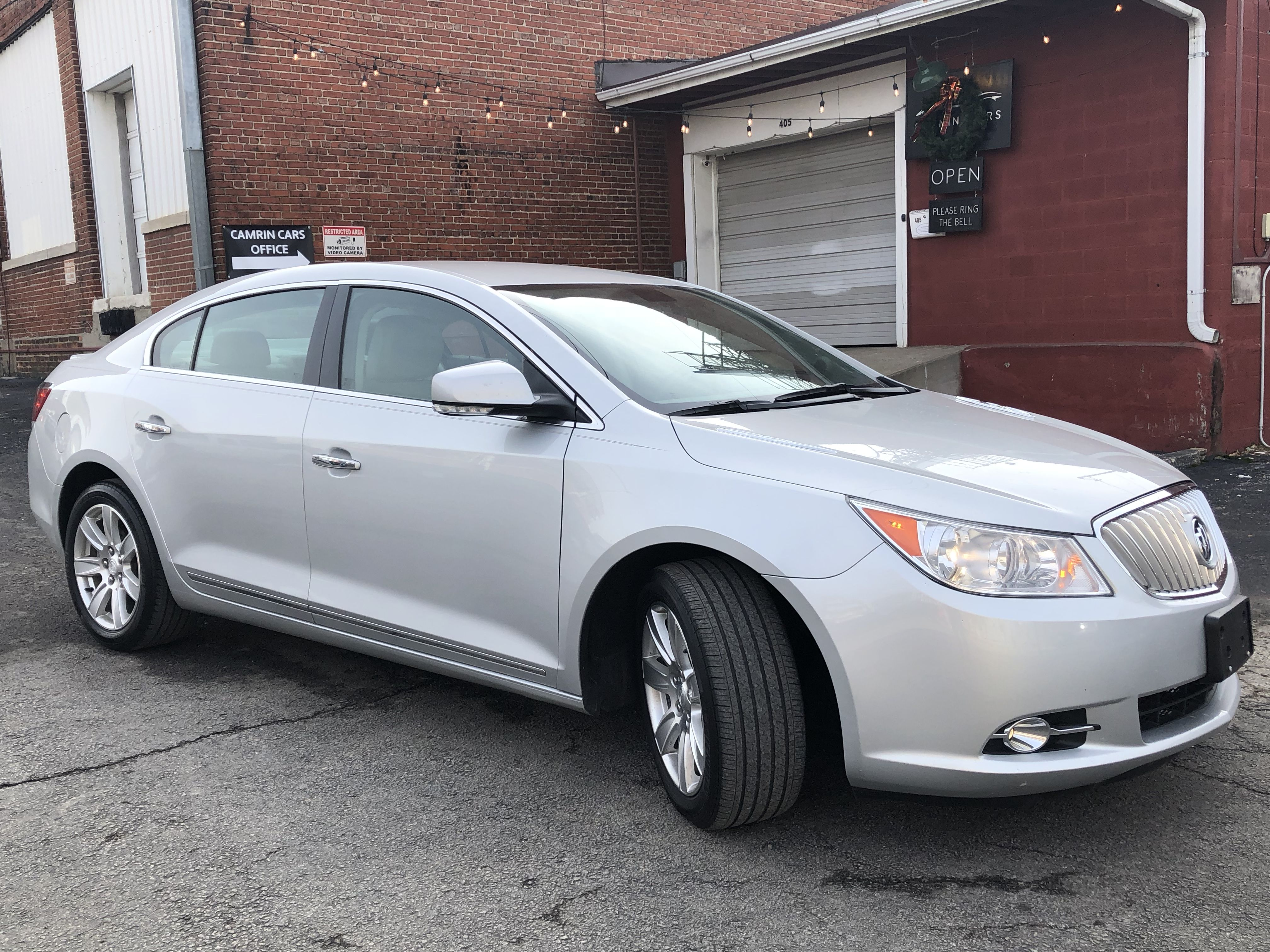 Picture Of Buick Lacrosse Car Dealership Buick Lacrosse Used Cars