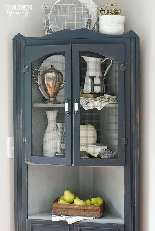 Delicieux Artissimo Milk Painted Corner Cabinet
