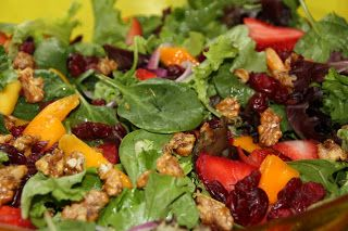 EVERYDAY SISTERS: Stawberry Mango Salad
