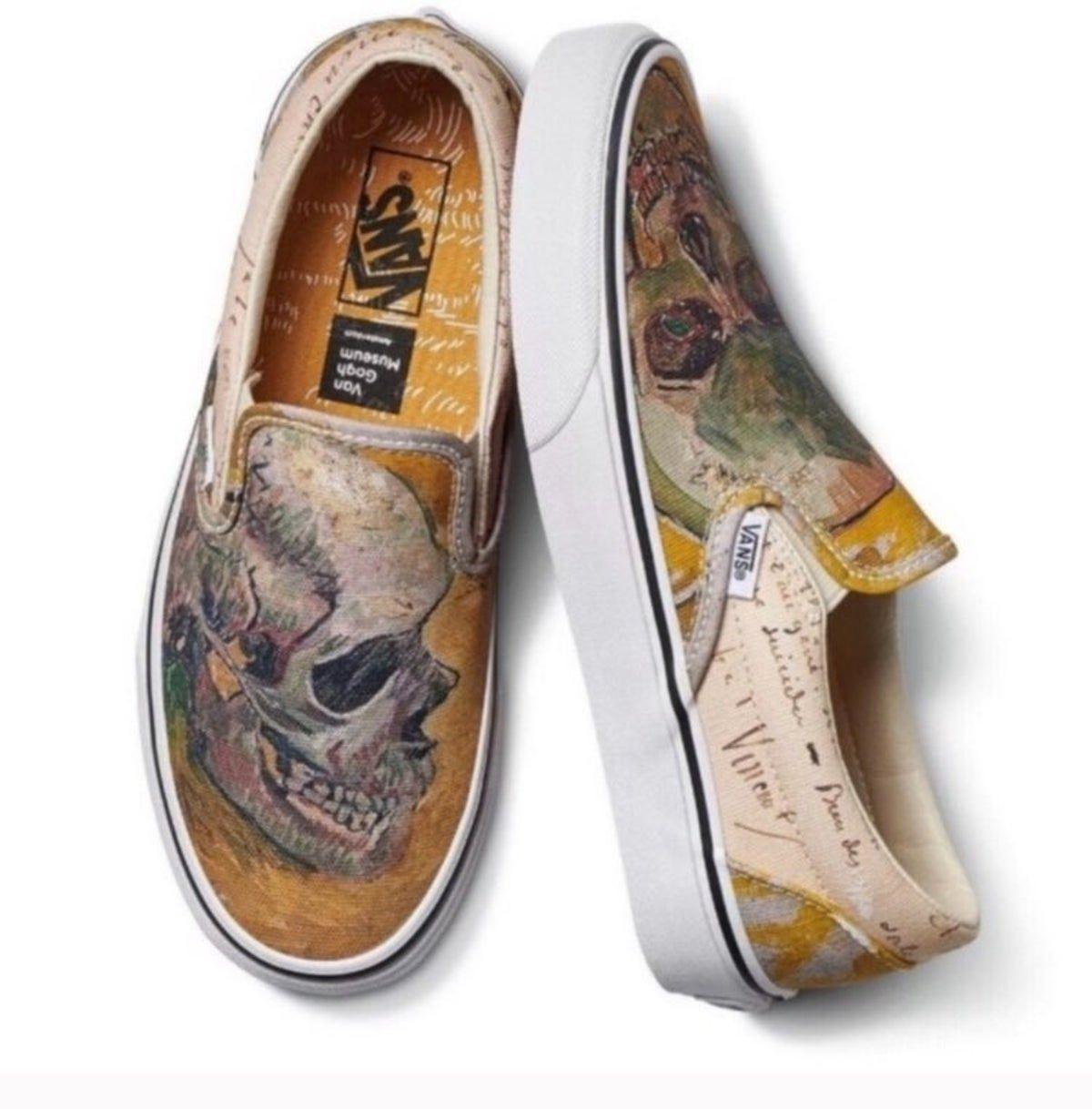 Pin By Michelle Bell On Ootd Insp In 2020 Slip On Shoes Vans Classic Slip On Sneaker Vans Slip On