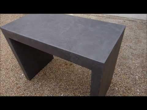 Application d\'un béton ciré Matières Minérales sur meuble en médium ...