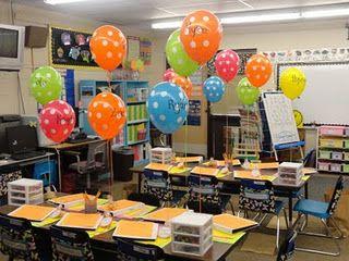 LOVE The Balloons For The Kids To Get A Open House!  KlassenzimmerKindergarten IdeenDekorationKlasse ...