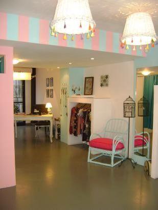 Decoracion tienda de ropa buscar con google shop for Decoracion de interiores locales de ropa