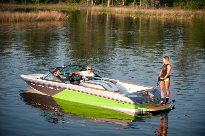 Pin By Peter Murphy On Vehicles I Love Ski Boats Boat Used Boats
