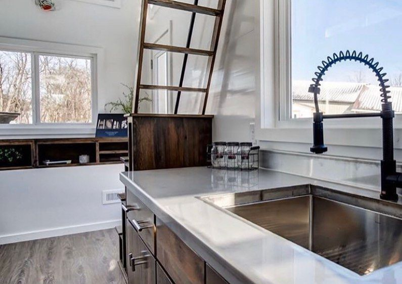 The Cocoa Tiny House.🏡 . Use #AlternativeHouse to get featured . . . . 📸by @moderntinyliving  A L T E R N A T I V E . H O U S E  #abendstimmung #landhaus #gartenliebe #gartendeko #landhaustraum #garten #landliv #landhausliving #landleben #traumhaus #unsertraumvomhaus #unsertraumhaus #gartenhaus #shabby  #shabbychic #gartenblog #garden_styles #landleben #gartenideen #gartenidee #gartengestaltung #hausundgarten #kleinerfeinerfeed #shabbychic #landgarten #homeandgarden