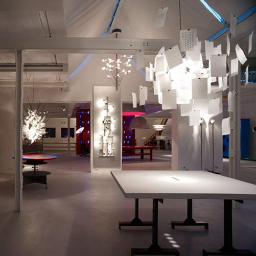 Showroom Modern Lighting Design Ideas