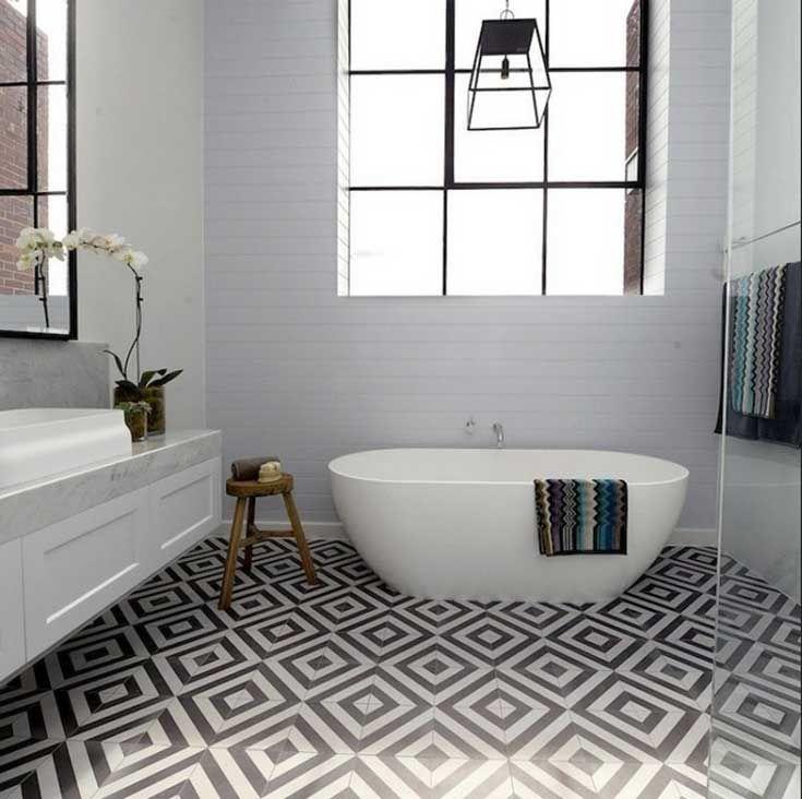 Hochwertig Fabelhaft Badezimmer Fliesen Muster Geometrisch In Weiß Und Schwarz Farben  Für Zeitgenössisch Badezimmer Mit Freistehend Badewanne