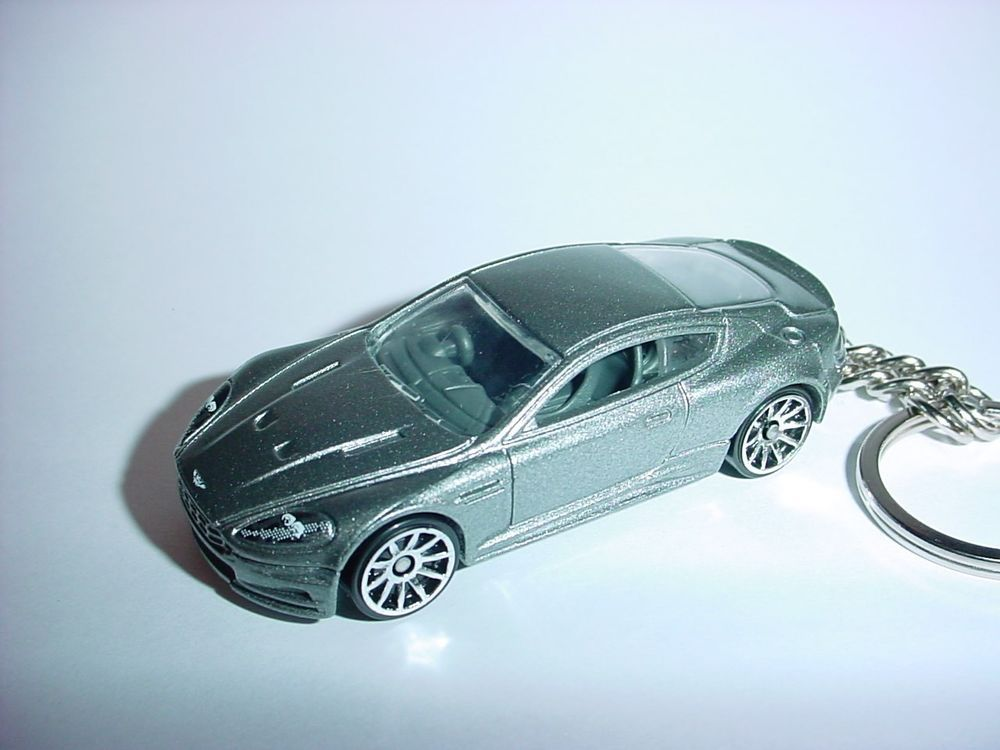 New 3d 2011 Aston Martin Dbs Custom Keychain Keyring Key Silver Finish Bond 007 Unbranded Aston Martin Toy Car Aston