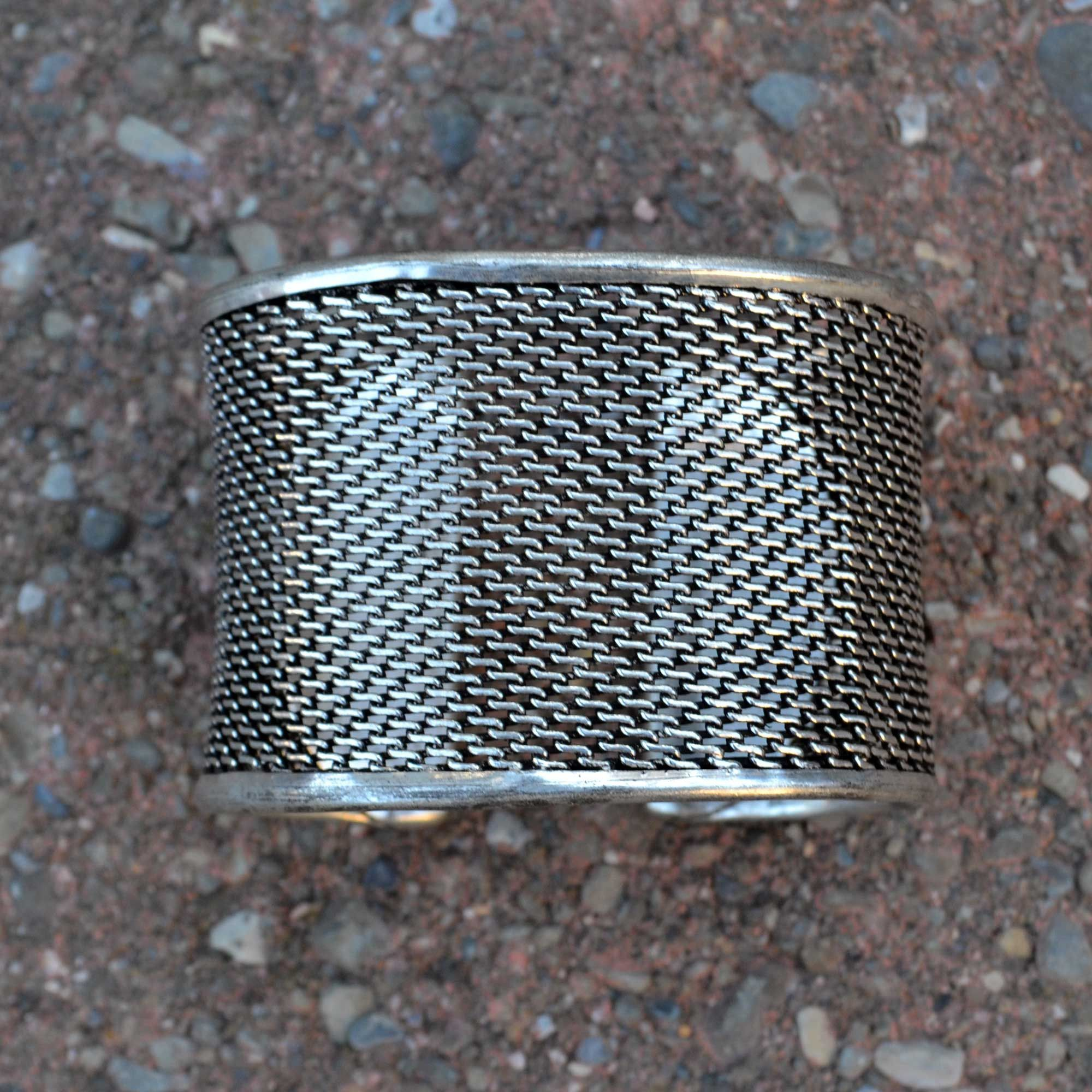 Ethno Mesh Antique Cuff