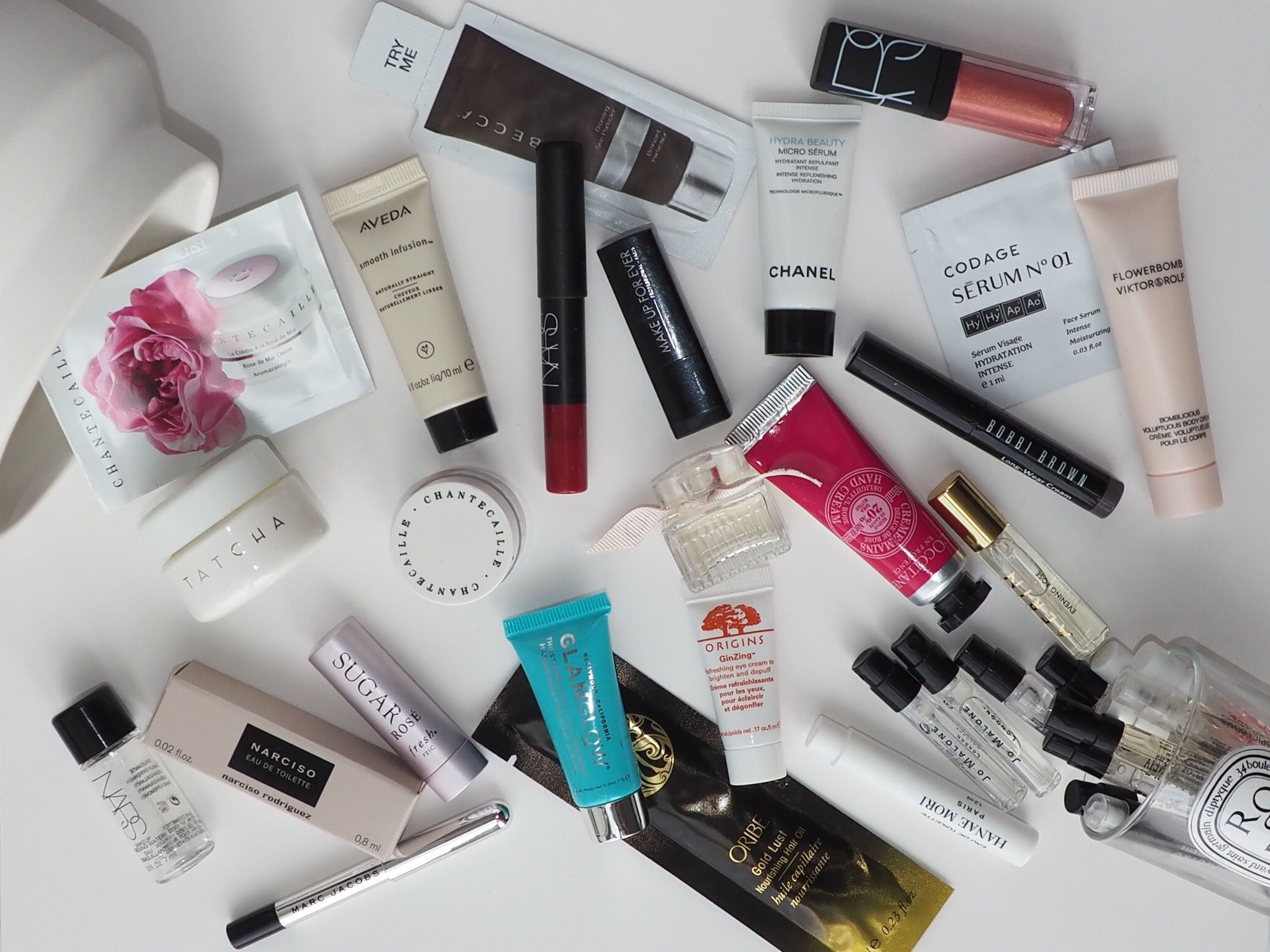 How to get luxury beauty samples in Canada (without buying