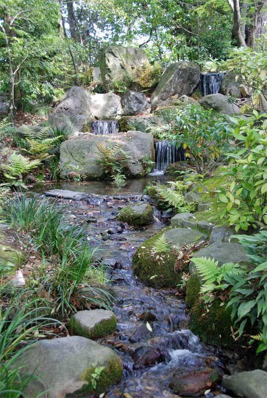 Muran-in villa, Kyoto (Higashiyama).   Water features in the ...