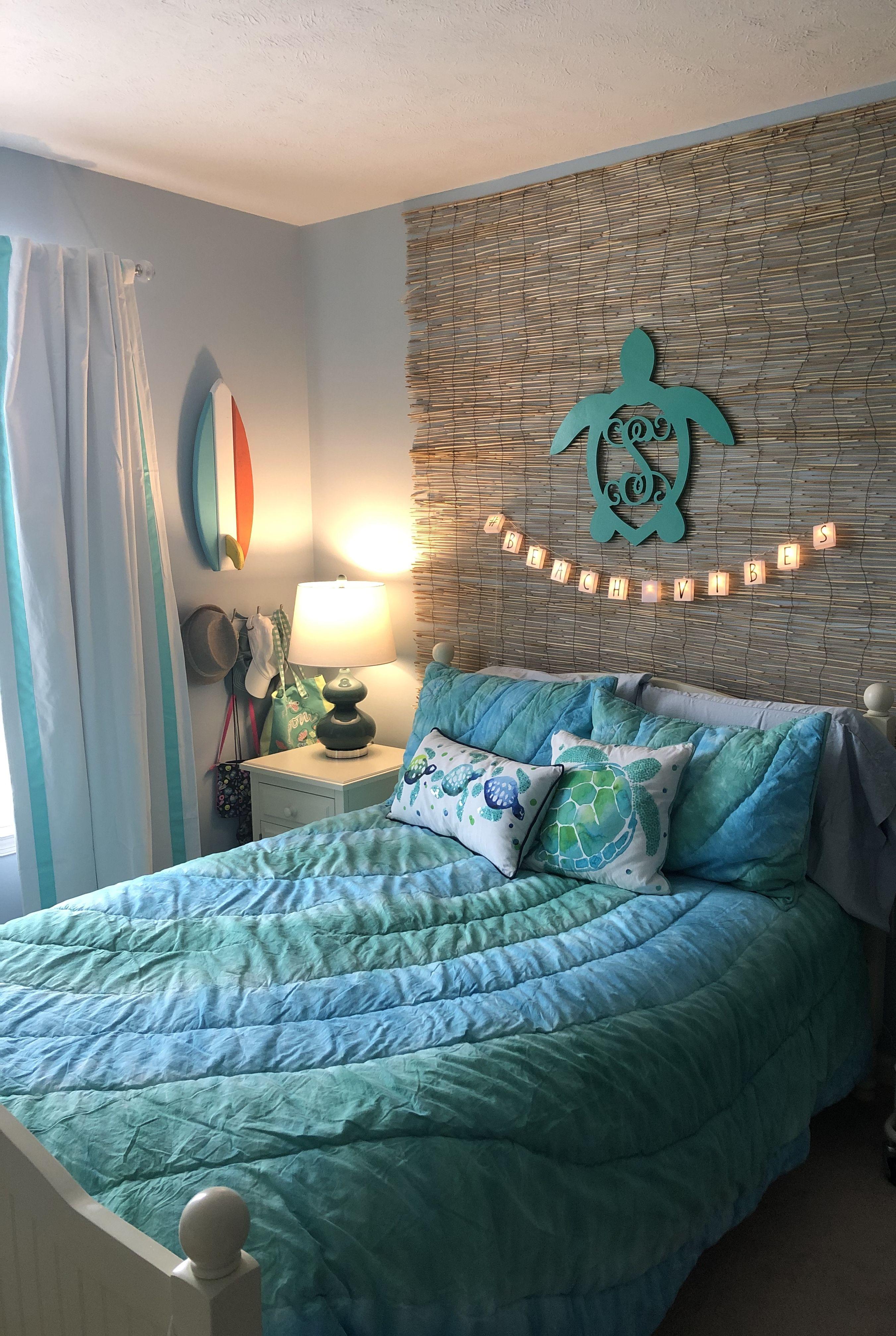 Girls beach-themed bedroom | Bedroom themes, Beach themed ...