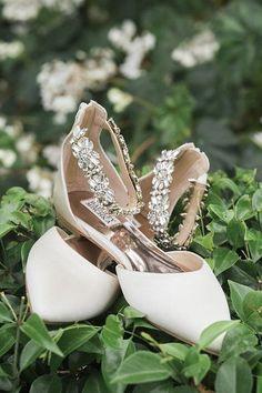 Badgley Mischka Bridal Flats Bridalflats Weddingshoes Bridalshoes Badgleymischkaweddingshoes Badgle Badgley Mischka Bridal Bridal Flats Bridal Shoes Flats