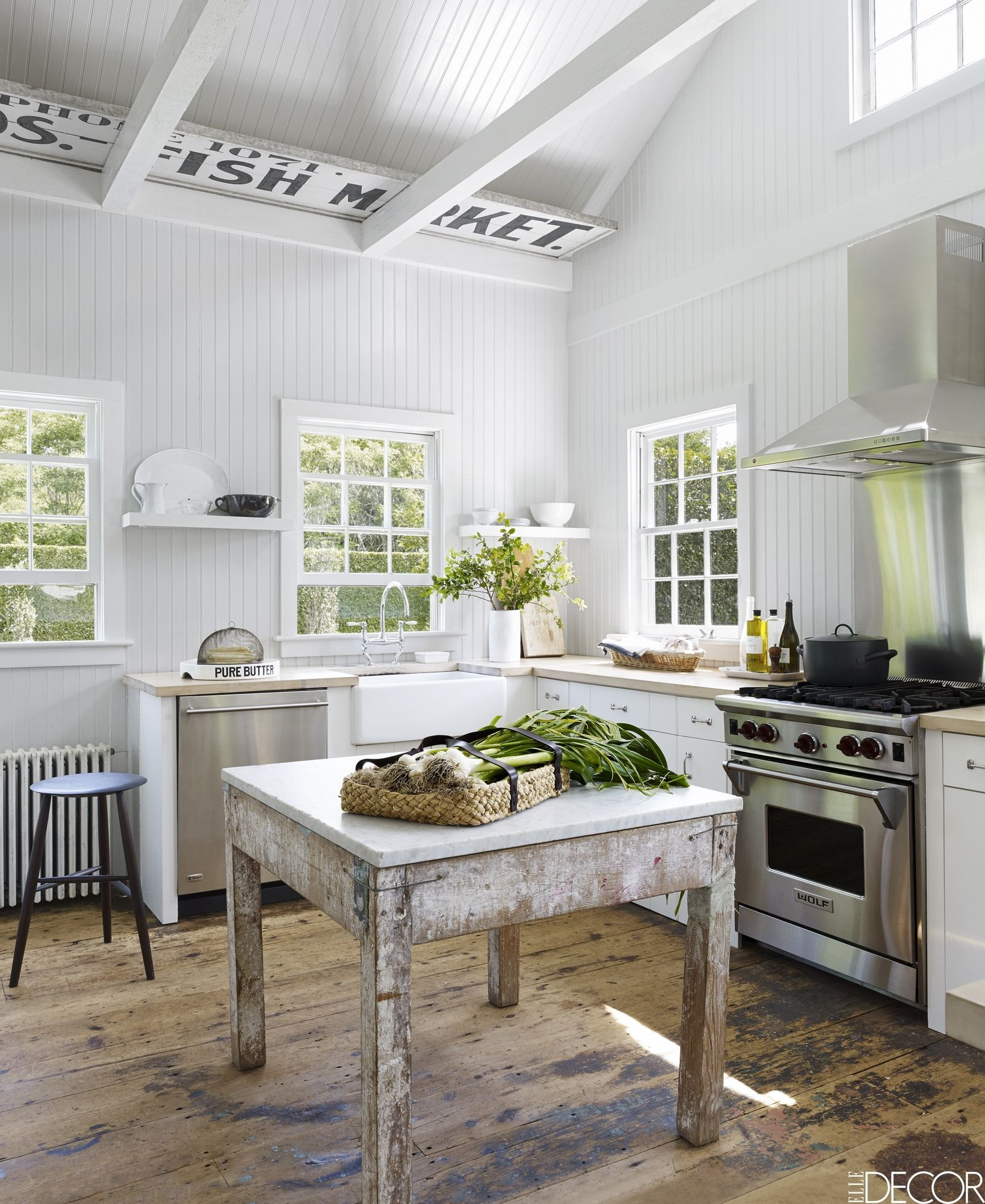 HOUSE TOUR: See Inside A Home Design Shop Owner\'s Elegant, Beachy ...