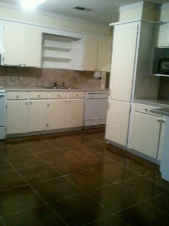 peel n stick tile backsplash n stained concrete floor to look like