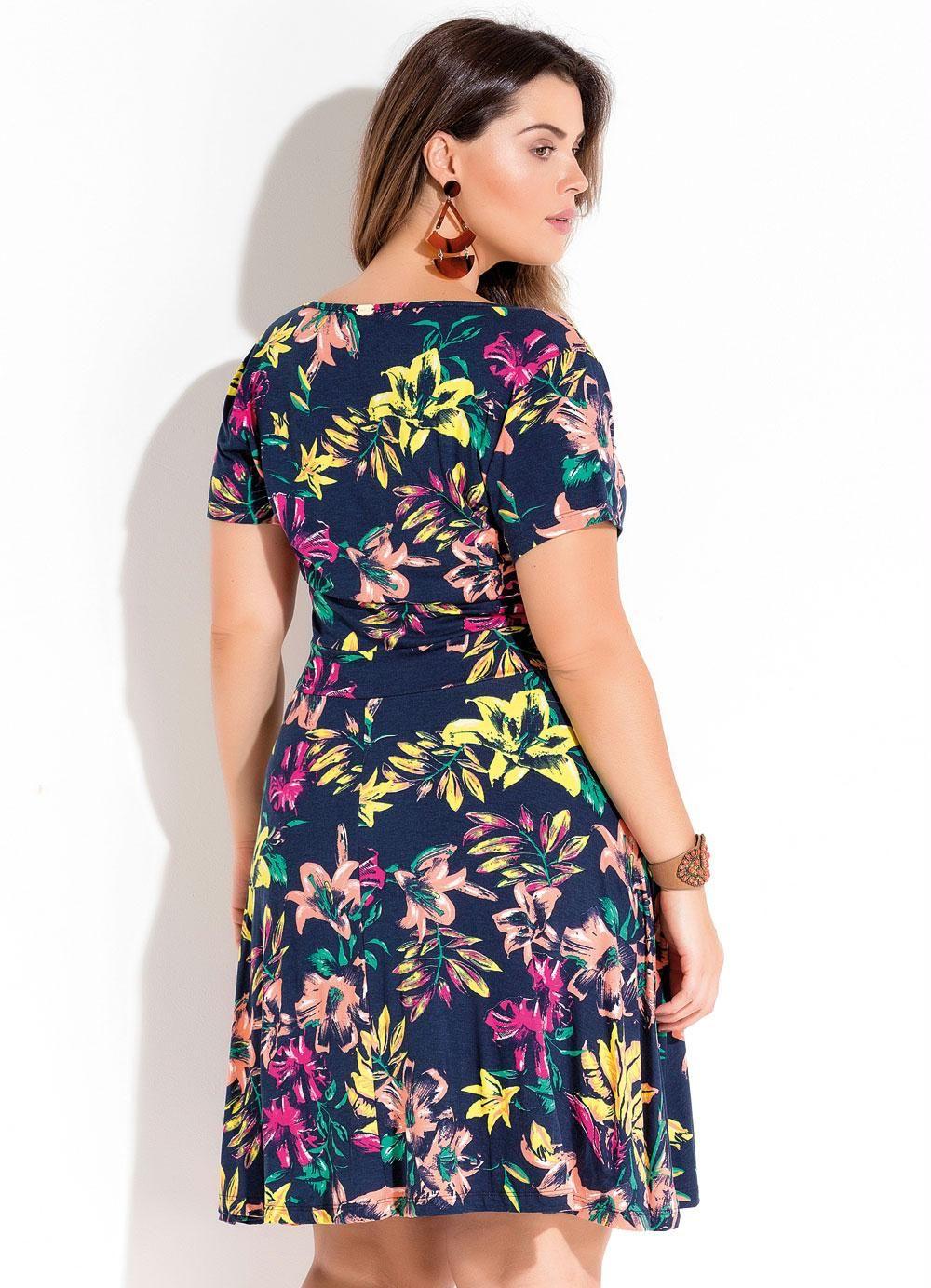 f3dcfa348 Vestido Transpassado Floral Plus Size Quintess - Quintess
